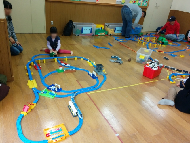 H300325 電車の日4